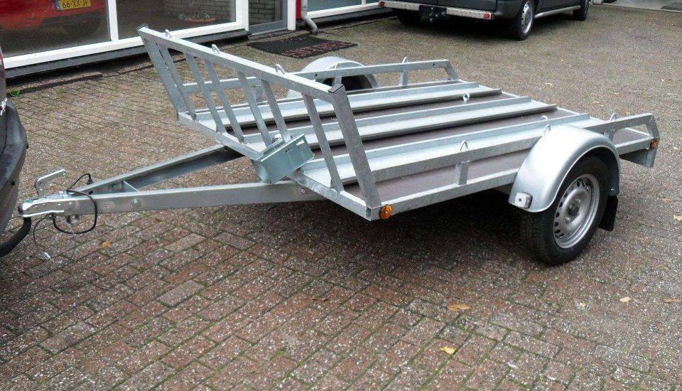 Motortrailer 3 Motoren – M4